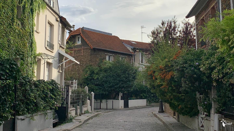 Rue campagnarde Paris XX by La Photo de Jaz