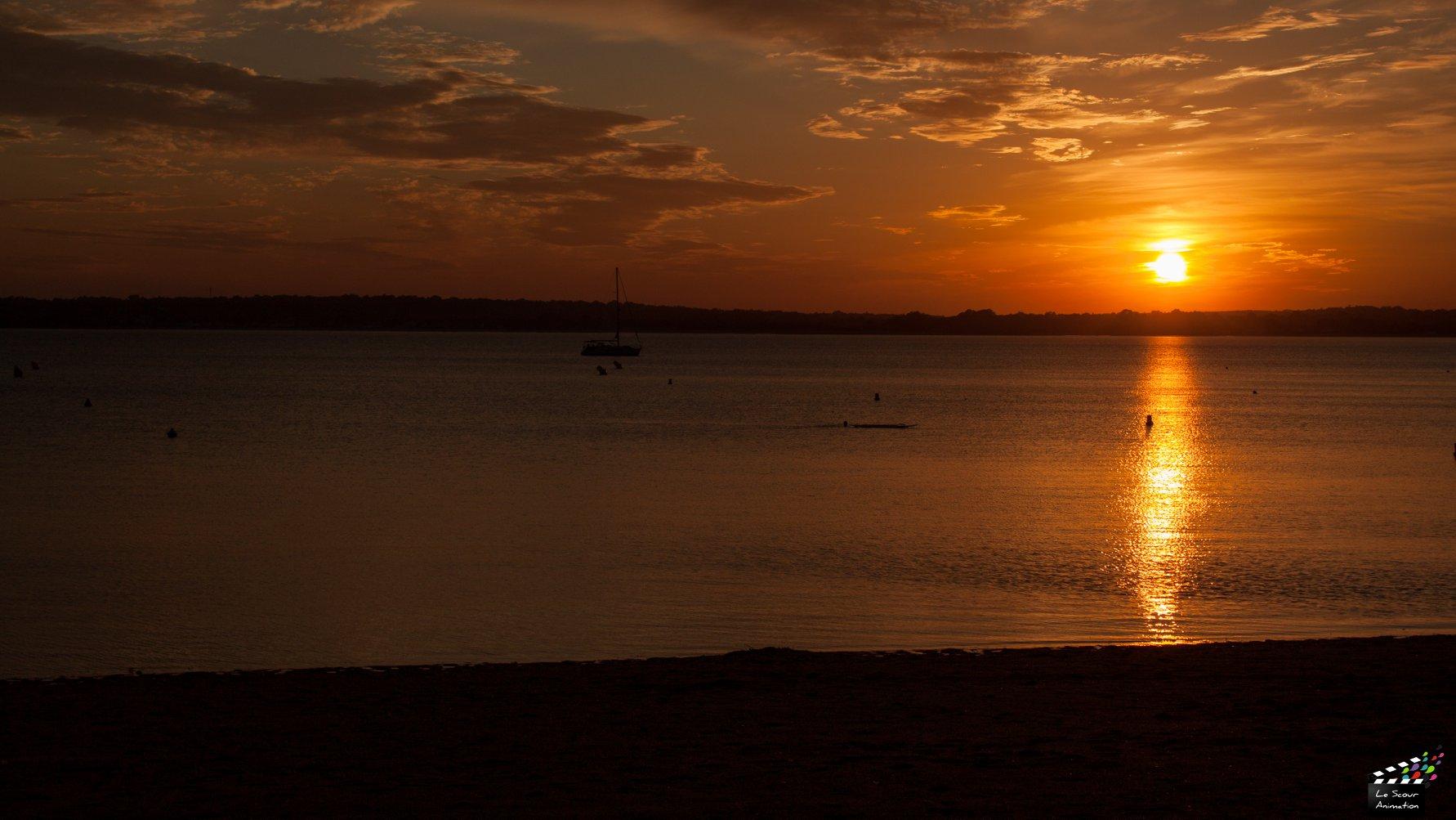Coucher de soleil à Concarneau by La Photo de Jaz
